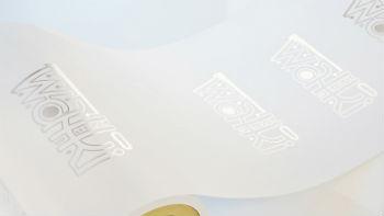 Flexible karton z vezjem